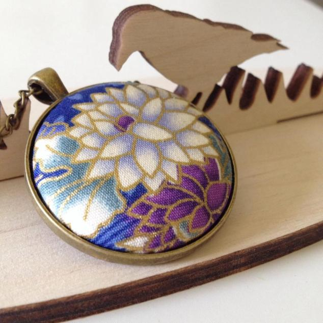 Japanese floral jewellery
