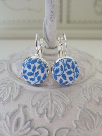China blue fabric earrings